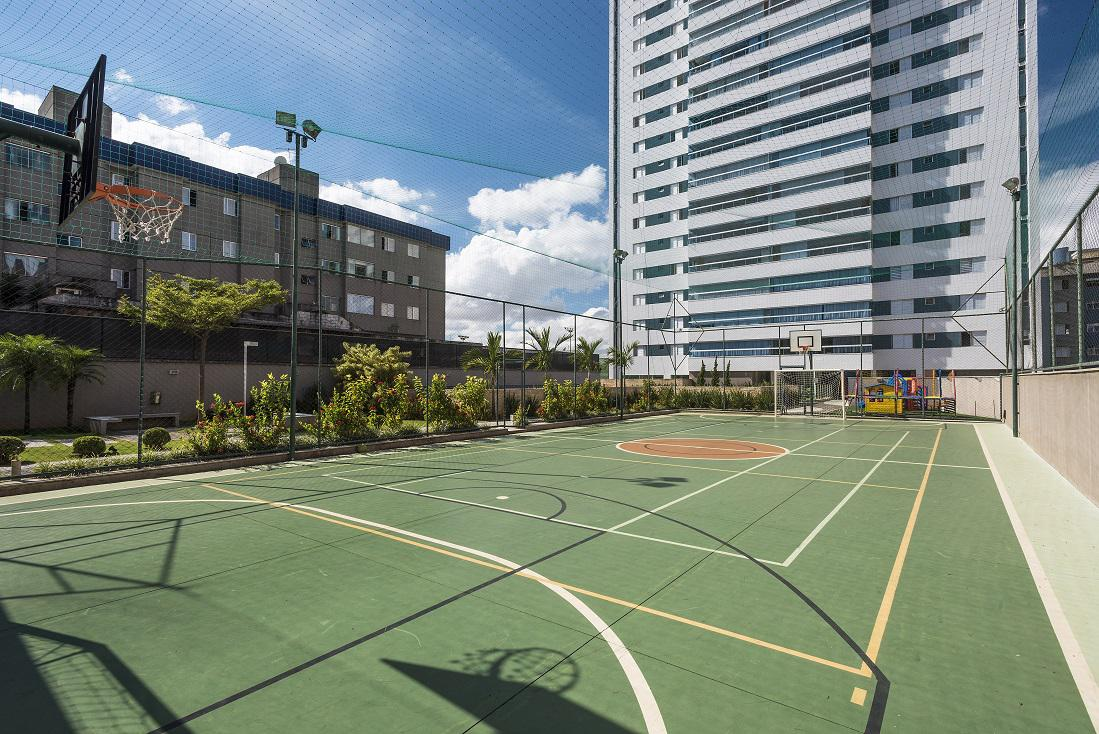 Quadra Poliesportiva e Playground